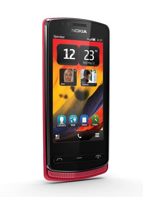 Nokia700
